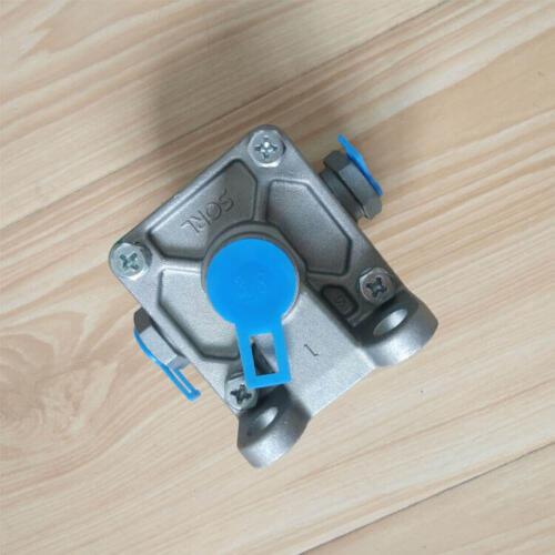 Quick Release valve